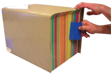 pose du sticker sur la boite aux lettres