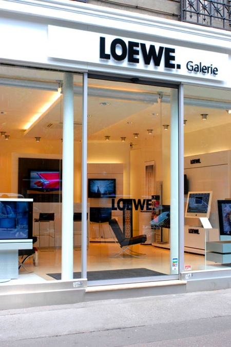 boutique Loewe galerie Ternes à Paris
