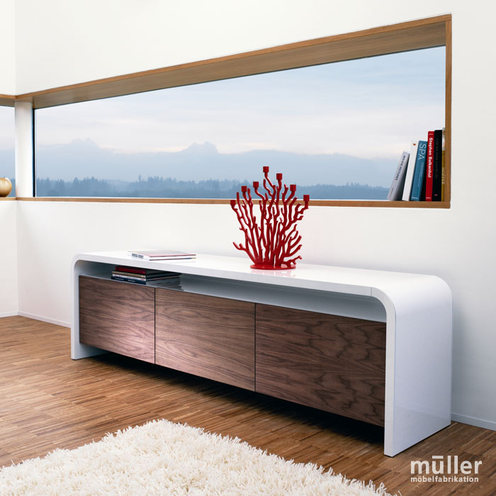 Meuble en métal design Müller Möbelfabrikation