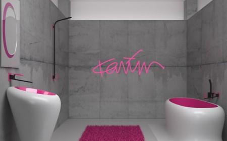 salle de bain fushia et gris