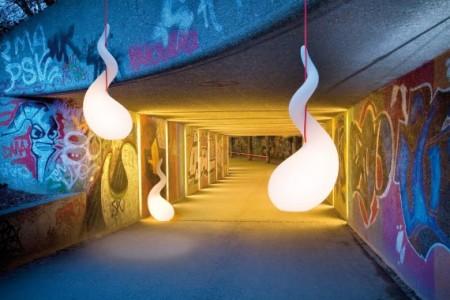 Lampe alien collection d\'un un tunnel