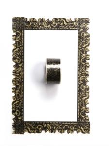 do frame tape étape 4 cadre du tableau complet avec le rouleau de scotch au milieu