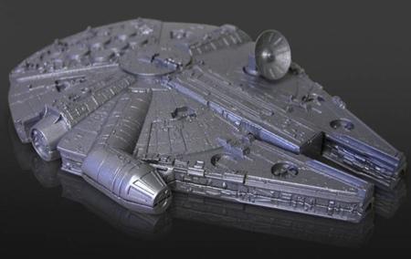 télécommande en forme de vaisseau spatial faucon millenium star wars