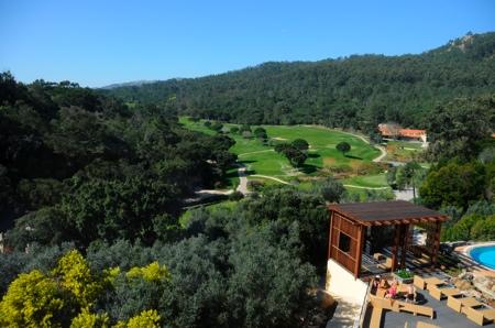 Vue du golf de l'hotel Penha Longa au Portugal