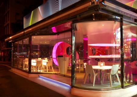Restaurant Kurve par Karim Rashid