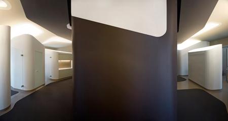 Cabinet de dentiste relooké par J Mayer H architectes