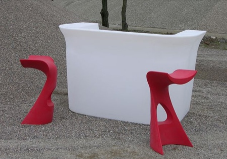 Tabouret design rouge Koncord