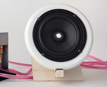 Haut-parleur en porcelaine