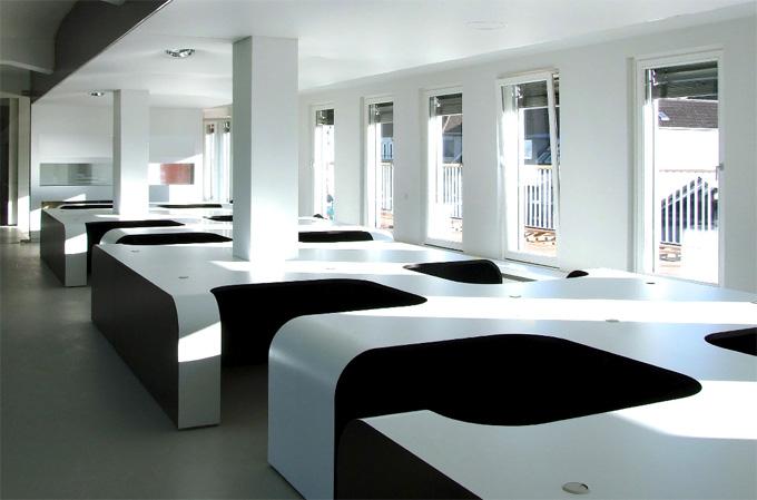 bureaux open space design syzygy. Black Bedroom Furniture Sets. Home Design Ideas