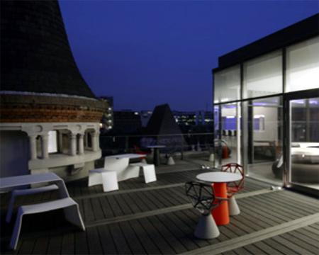 Terrasse outdoor des bureaux Redbull