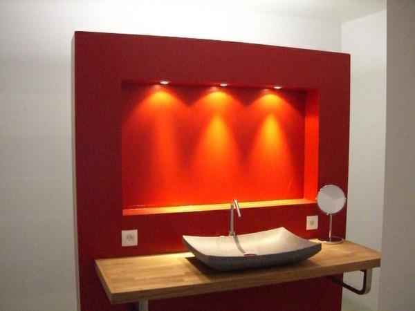 Salle de bain design rouge for Salle bain rouge