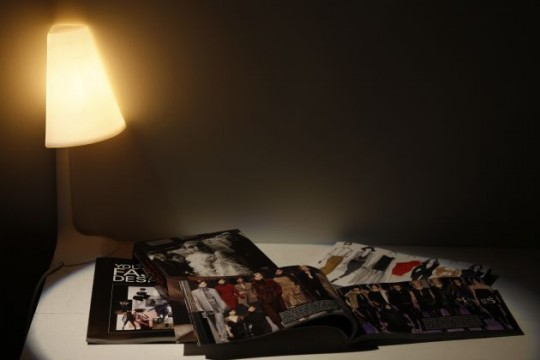Lampe de table d'angle