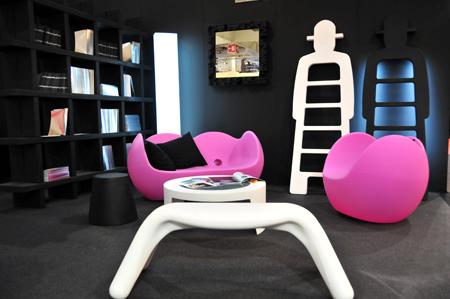 Mobilier design Slide par Karim Rashid