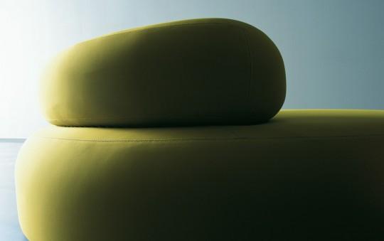 Gros plan sofa Bubble rock vert