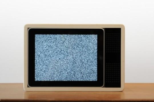 iPad télévision en bois