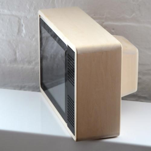 iPad TV en bois vintage cathodique
