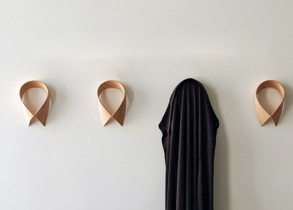 monsieur dressup pat re col de chemise en bois. Black Bedroom Furniture Sets. Home Design Ideas