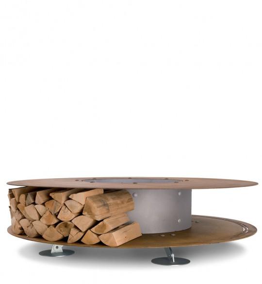 Cheminée ronde avec rangement du bois intégré