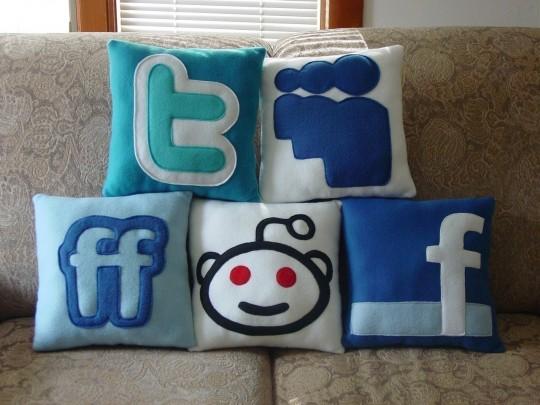 Coussins réseaux sociaux Craftsquatch