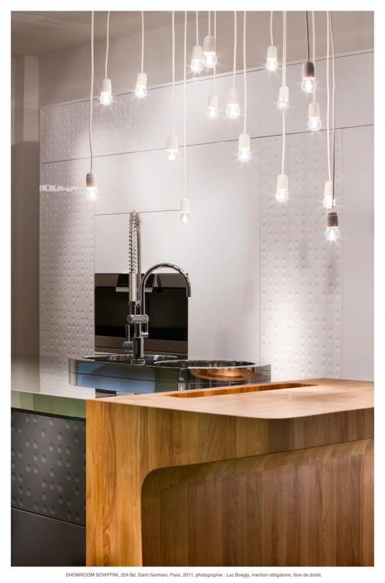 Nouveau showroom schiffini paris - Ilot cuisine bois massif ...