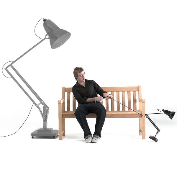 Lampe de bureau articul e g ante for Pied de bureau design