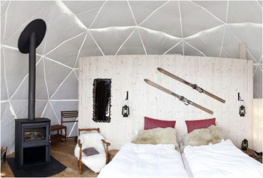 Chambre d'hotel igloo Whitepod