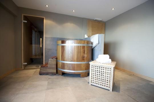 Salle de bain dans une chambre - hotel Whitepod