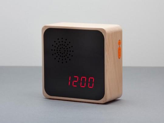 Furni Alba - radio-réveil en bois