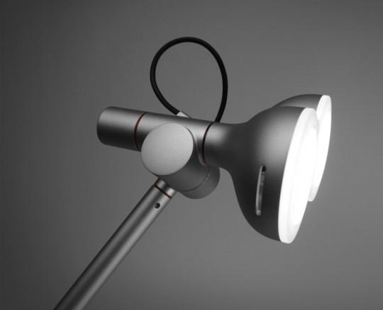 Lampe de bureau robot Lobot