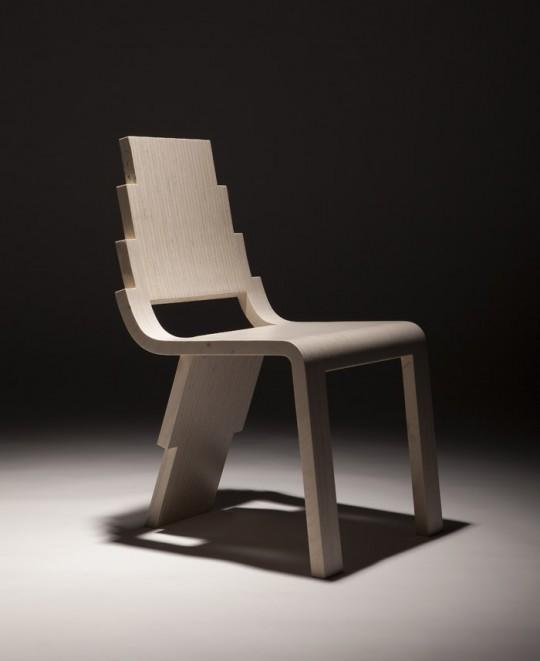 Chaise en bois avec 3 pieds Maya