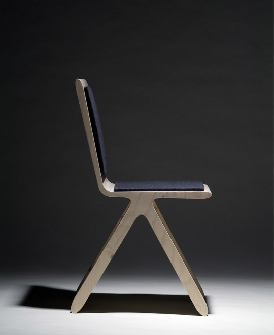 Chaise en bois design Kampa chair