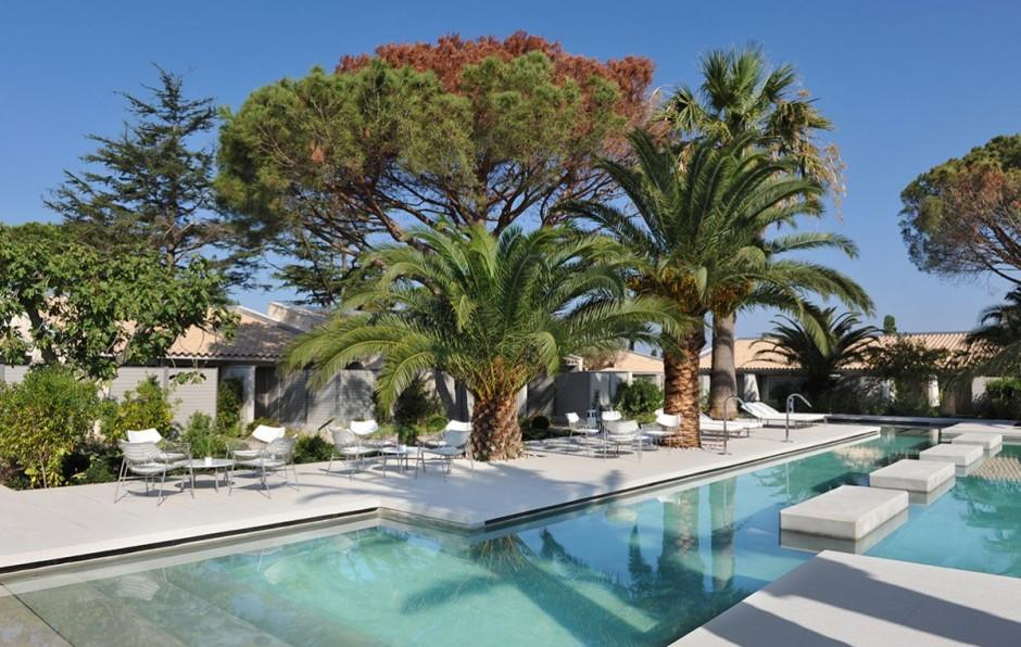 Hotel sezz st tropez piscine for Piscine saint tropez