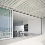 Baie vitrée sur la terrasse : O house