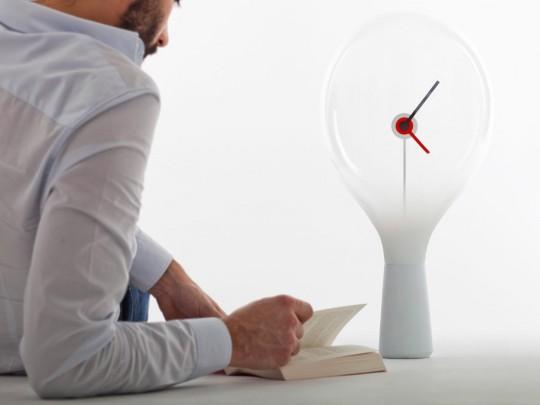 Horloge de table design Jean - Super-ette