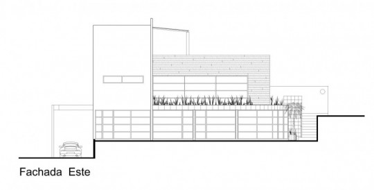 M house : plan de la façade est
