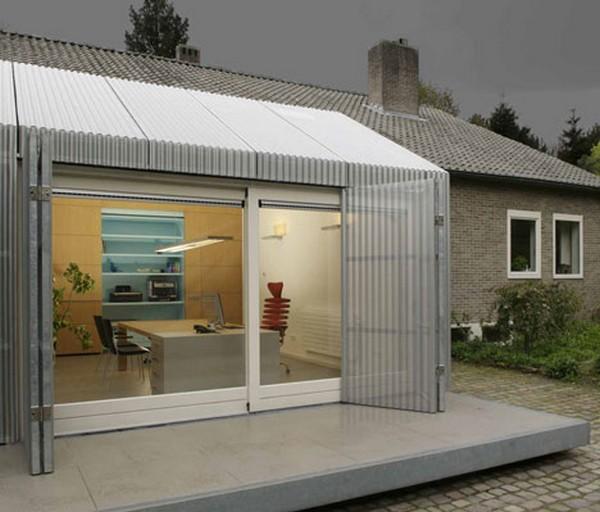 r novation atypique un garage transform en bureau. Black Bedroom Furniture Sets. Home Design Ideas