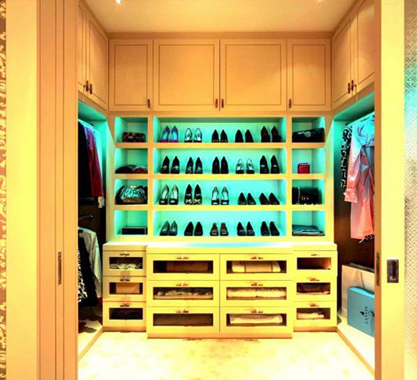 Pi ce dressing avec rangements pour chaussures - Rangement chaussures dressing ...
