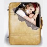 Sticker valise jeune femme ligotée