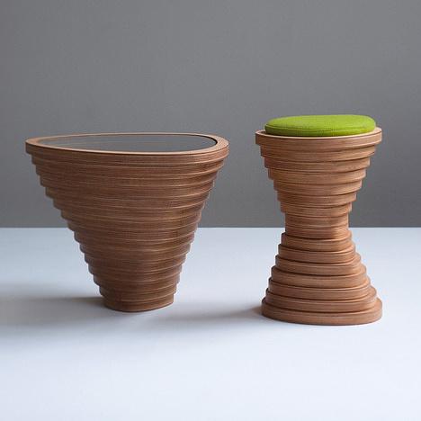 Tabouret et table basse en bois Tettonica