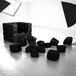 Vuzzle chair, le fauteuil composé de coussins amovibles