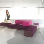 Sofa composé de briques modulaires