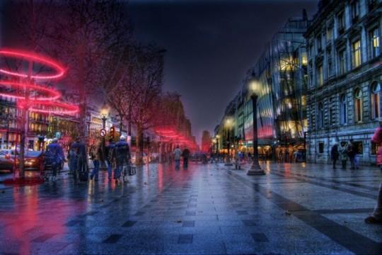 Lumières de Noël sur les Champs-Elysées à Paris en 2011
