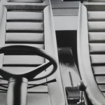 Fauteuil de Pio Manzu inspiré de sièges de voiture