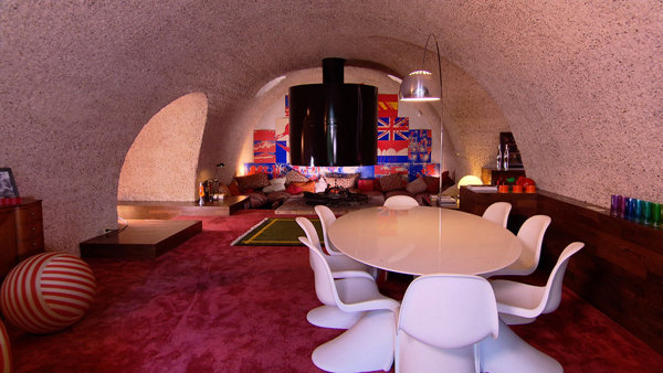 Int rieur de la maison sous terre for Interieur original maison