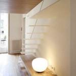 Lampe à poser ronde dans un appartement design