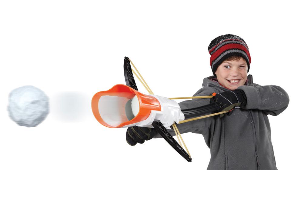 Arbalète à boules de neige