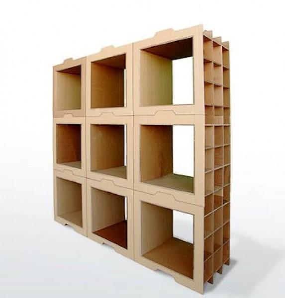 Bibliothèque 800 gr composée de modules en carton empilables