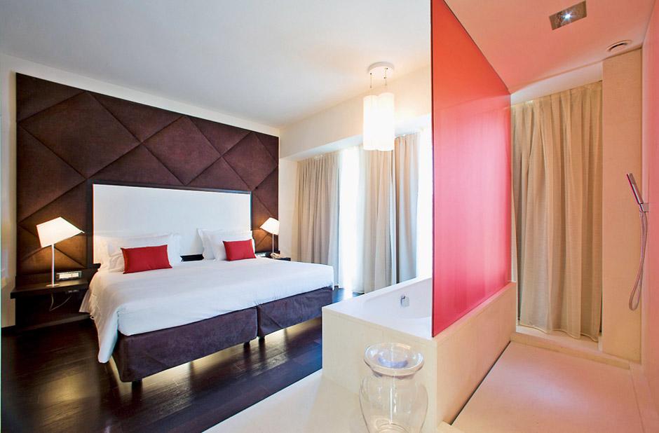 chambre d 39 h tel design nhow hotel berlin. Black Bedroom Furniture Sets. Home Design Ideas