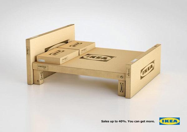 Lit en carton avec des cartons Ikea