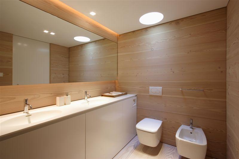 Salle de bain en bois design for Bain s house